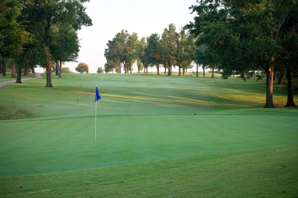 Tulsa Country Clubs Meadowbrook Green With Pin